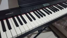 Teclado Roland Go Piano