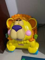 Andador Fisher Price leão