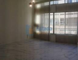 Título do anúncio: Apartamento para aluguel com 2 quarto + vaga em Ipanema - Rio de Janeiro - RJ