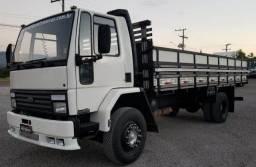 Ford Cargo 1314 - Carroceria de 6.80m