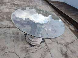 Mesa de jantar com 1,20 mts de diâmetro em vidro e granito