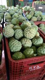 Pinhas frutas