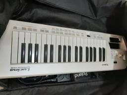 Teclado Keytar Roland Ax-09 Lucina + Bag e correia Roland. Excelente estado!