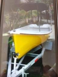 Barco de fibra artesanal