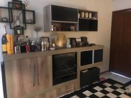 Casa Com 2 quartos Cozinha Americana - área de Servico