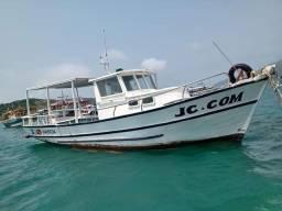 Barco de madeira passeio e pesca