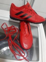 Vende-se Chuteira Futsal Adidas Infantil