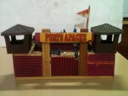 Brinquedo antigo gulliver forte apache anos 70