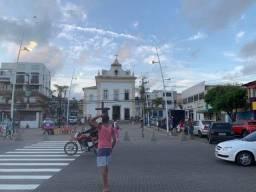 Título do anúncio: Alugo excelente loja, bem localizada Itapuã, a loja tem banheiro próprio.