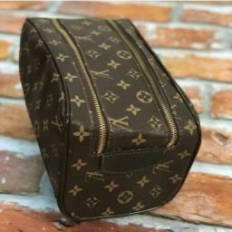 Vendo Necessaire Louis Vuitton