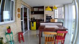 Ax. Maravilhoso apartamento de 3 quartos finamente montado e decorado com 140m²