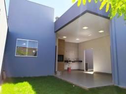 Casa nova com espaço gourmet e espaço nos fundos no Bairro São Francisco!
