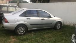 Título do anúncio: Ford Focus Ghia 2001 completo