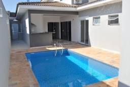 Linda Residência Térrea com 04 suítes no Residencial Villa Dumont em Bauru/SP. Segurança e