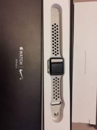 Apple Watch edição limitada Nike