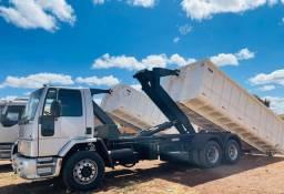 Título do anúncio: Ford Cargo 2428 6x2 Roll on