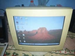 Monitor LG 15 polegadas.otimo