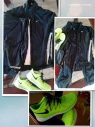 Agasalho Nike / Tênis Nike