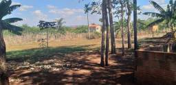 Vende-se um rancho a 10 km de Itumbiara