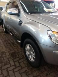 Ford Ranger Limted em perfeito estado - 2012
