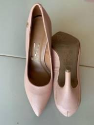 Saltos sapatos