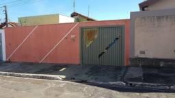 Casa com 3 dormitórios à venda, 200 m² por R$ 180.000 - Residencial Bem Viver - Agudos/SP