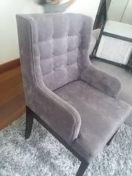 Cadeira estofada, cor cinza, ótimo estado de conservação