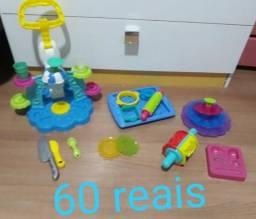 Vendo brinquedos valor nas fotos