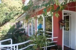 Casa com 4 quartos com 2 suítes em Fradinhos - Vitória/ES