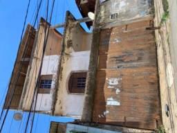 Oportunidade: casa 3 andares frente de rua - Itapuã