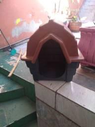 Casinha cachorro n. 2 (pequeno porte), valor R$ 50,00