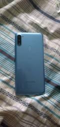 Samsung a11 novo na caixa ( troco por notebook )