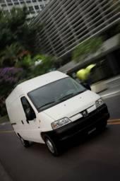 Van Peugeot furgão
