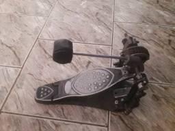 Vendo pedal usado em bom estado de funcionamento