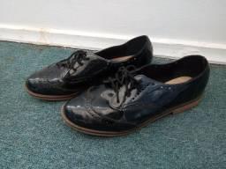 Sapato fechado preto Bella Rio