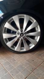 Título do anúncio: Roda aro 20 com pneus