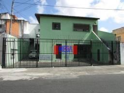 Apartamento com 1 suíte para alugar, próximo à Av. Jovita Feitosa