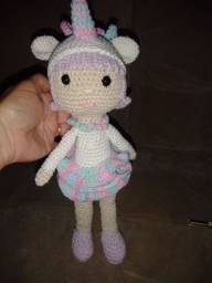 Unicórnio amigurumi boneca