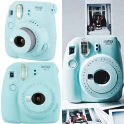 Câmera de fotos instantâneas acompanha 5 mini instax