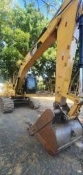 Escavadeira Caterpillar 320 D Parcelamos
