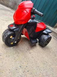 Vendo moto elétrica infantil bandeirantes