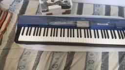 Título do anúncio: Piano digital teclado