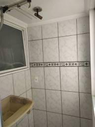 Apartamento bem localizado (prox. Empresa thevear)