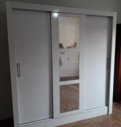 Título do anúncio: Guarda roupas 3 portas