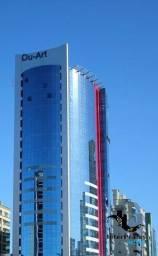 Título do anúncio: Apartamento com 4 quartos no Dubai Tower - Bairro Meia Praia em Itapema