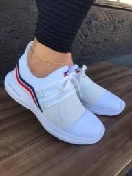 Tênis & Sapatos Femininos Vários Modelos Tommy