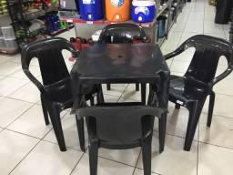 Jogo de mesa bar mesa + 4 poltrona