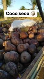 Coco seco da roça