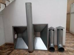 Coifas de Zinco, com dois motores novos e tubulação