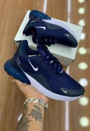Tênis Nike Air 270 - 180,00